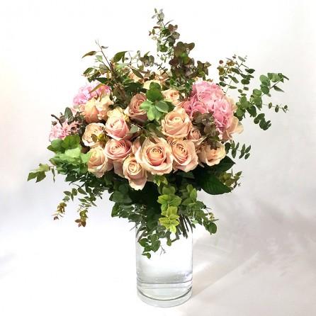 Une création de bouquet «Plaisir» par Christian Morel, fleuriste à Paris