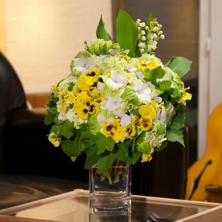 Bouquet « Une pensée de bonheur » par Christian Morel, fleuriste à Paris