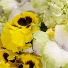 Bouquet « Une pensée de bonheur » par Christian Morel, fleuriste à Paris - zoom